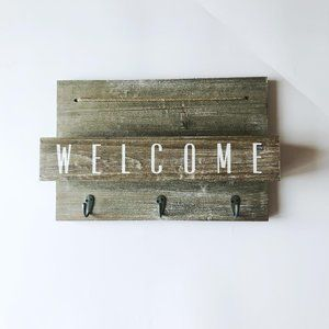 "Entryway Key & Mail Holder – ""Welcome"""